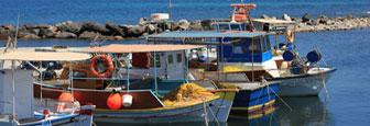 Haventje van Monolithos op Santorini